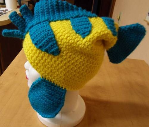 Hat inspired by Flounder from The Little Mermaid.  Pattern is my own. [Crochet]