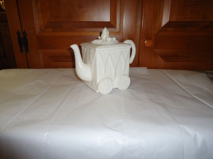 lenox butler 39 s pantry teapot with lid height