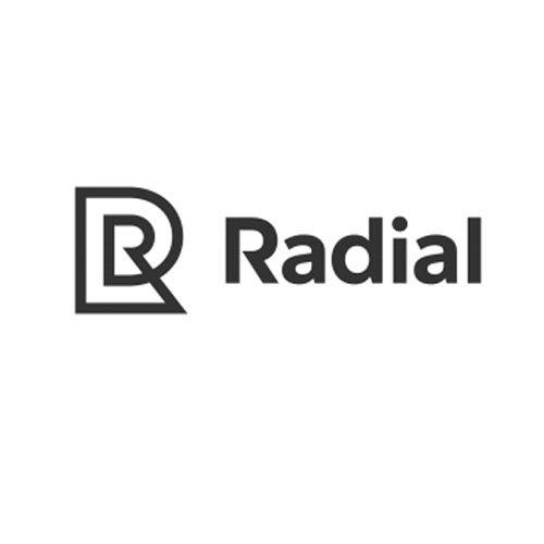 Aunque hoy en día eBay es conocido principalmente por su web de comercio electrónico, en su día también ofrecían servicios empresariales mediante una división llamada eBay Enterprise. Ésta división fue vendida hace un par de años y ahora presentauna fusión con otra compañía llamadaInnotrac, convirtiéndose ambasen una nueva marca:Radial, cuyo nombre eiden