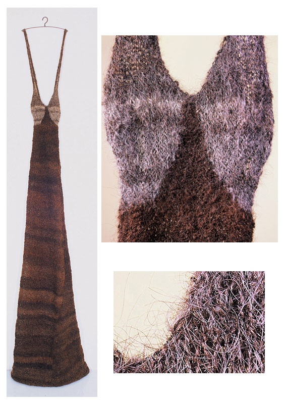 Sibilla. Human hair dress, by Emily Bates (1997). Height 260cm.