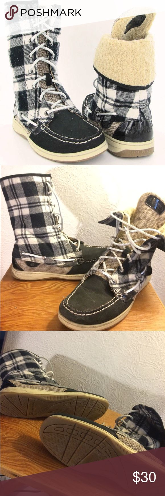 Sperry Top-Sider Ladyfish plaid black Boots Sz 7.5 first photo is a stock photo and the rest are the actual boots for sale. Great condition with light wear...a couple light scuffs and the white along the bottom sole is a little dirty. very cute and stylish for fall & winter ❄️ ☔️ size 7.5 Sperry Shoes Lace Up Boots