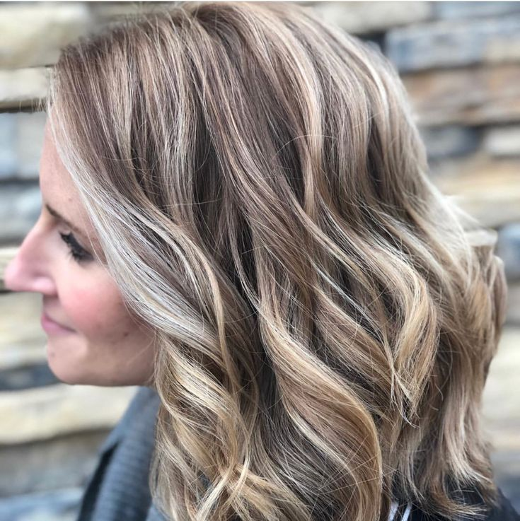 Chunky lowlights in blonde hair pictures — photo 2