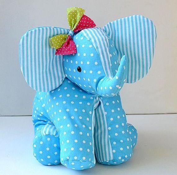 Elephant doudou-range pyjama tout en coton.