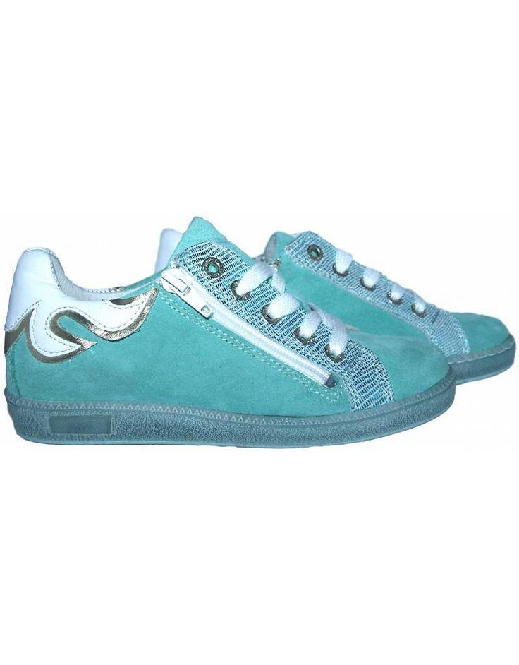 Piedro sneaker - Turquoise met wit. Sale €49,95
