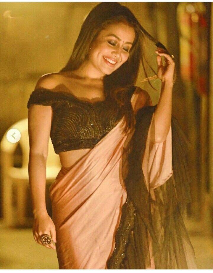Pin By Ansa Anna On Neha Kakkar Neha Kakkar Dresses Neha Kakkar Bollywood Outfits
