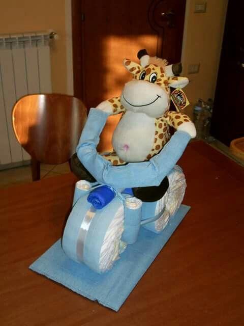 Torta di pannolini diapers cane a triciclo