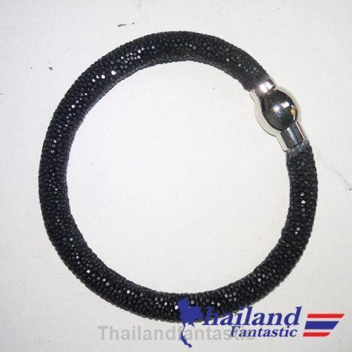 Black Genuine Refined Bangle Fashion Jewelry Stingray Leather Skin Bracelet  Price:US $22.99  http://www.ebay.com/itm/151849570133  #ebay #paypal #Thailandfantastic #Black #Genuine #Refined #Bangle #Fashion #Jewelry #Stingray #Leather #Skin #Bracelet