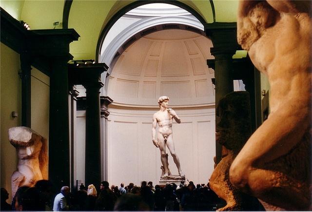 David is a masterpiece of Renaissance sculpture sculpted by Michelangelo from 1501 to 1504.