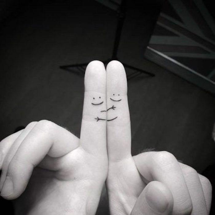 Algo simple para quienes temen las agujas. – Increíbles diseños de tatuajes …   – || |||| K