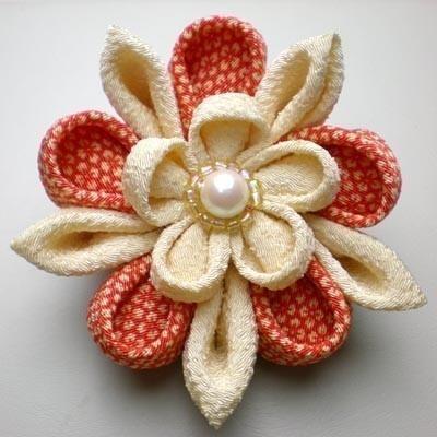 Japanese Kimono brooch. DIY Flower Inspiration.