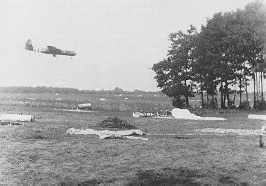 ritish gliders landing before the attack on Arnhem.