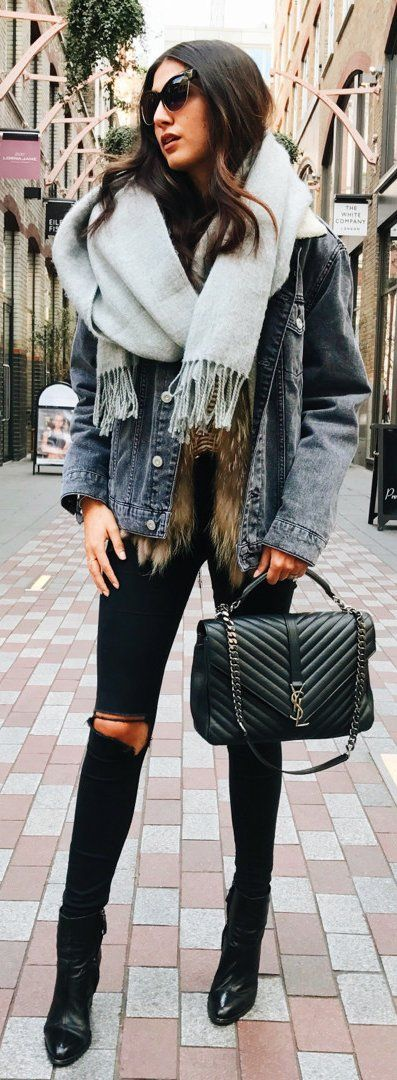 Denim Jacket / Black Leather Tote Bag / Black Ripped Skinny Jeans / Black Leather Booties / Grey Scarf