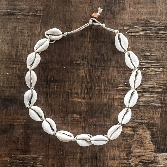 Cowrie Sea Shell Choker in 2019 | Jewelry, Gypsy jewelry ...