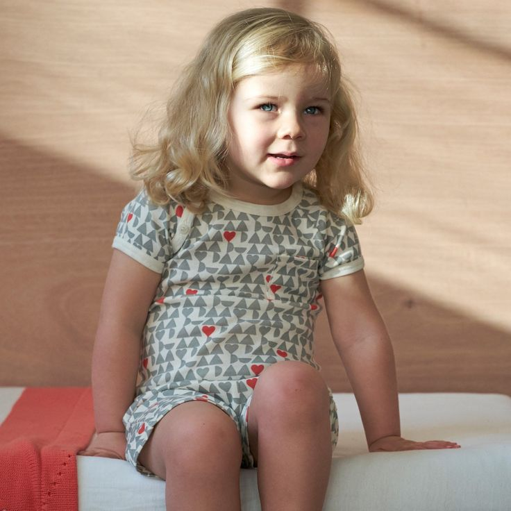 pyjama set / grey lucky heart print / nature baby