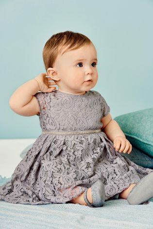 Lovely lace is definitely going on our Christmas party dress criteria! This kids nailed it...