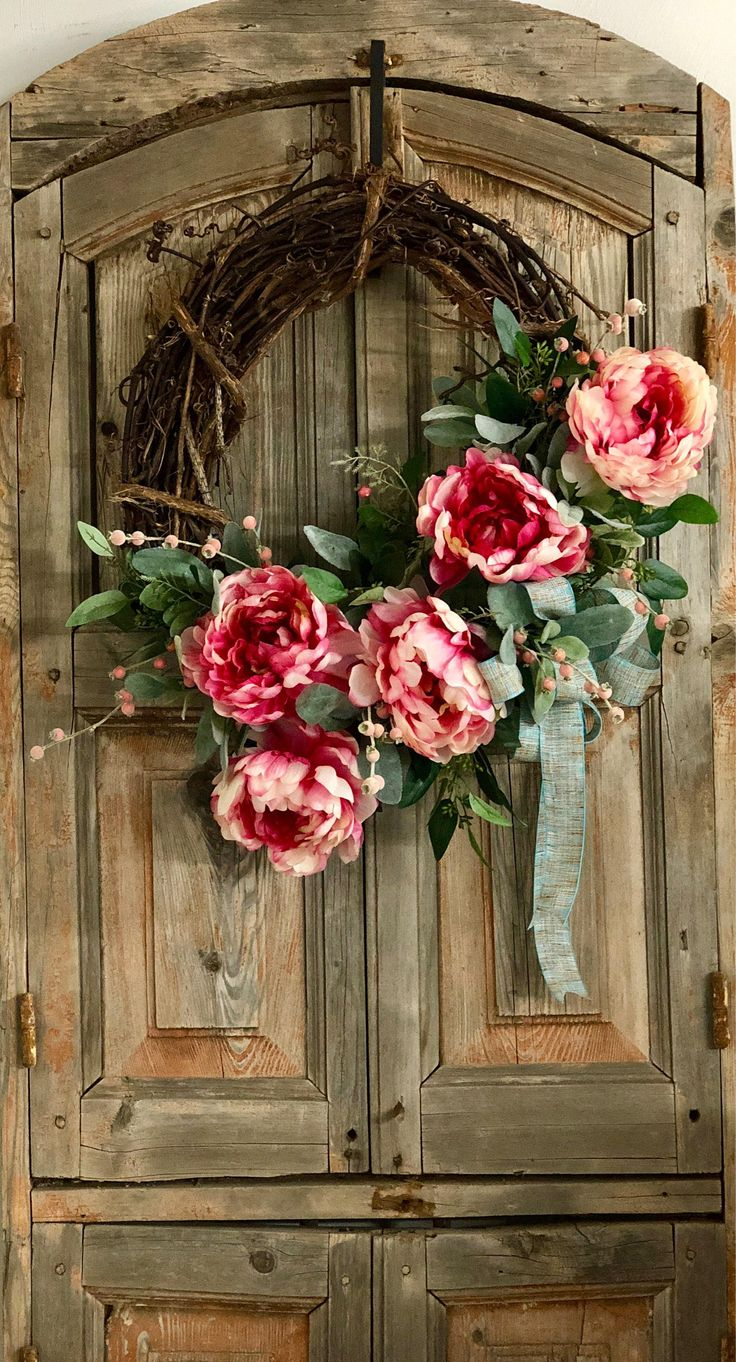 The Annabelle raspberry and cream peony wreath for front door/spring wreath/easter wreath/wedding wreath/farmhouse wreath/spring decor by CrestedPerch on Etsy