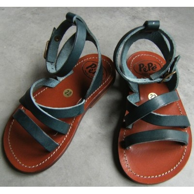 These are pretty much the sandals I have been trying to find for Sofia all summer. By PèPè.