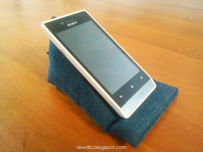 DIY phone stand from denim