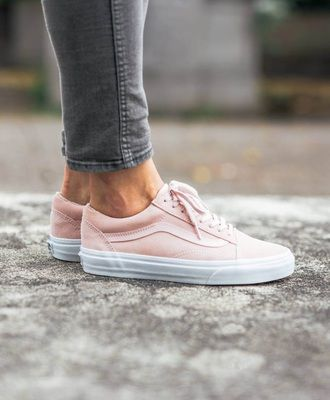 Perfect Summer Spring Style Sneakers White And Baby Candyfloss Pink Teamed With Grey Denim Skinny Jeans