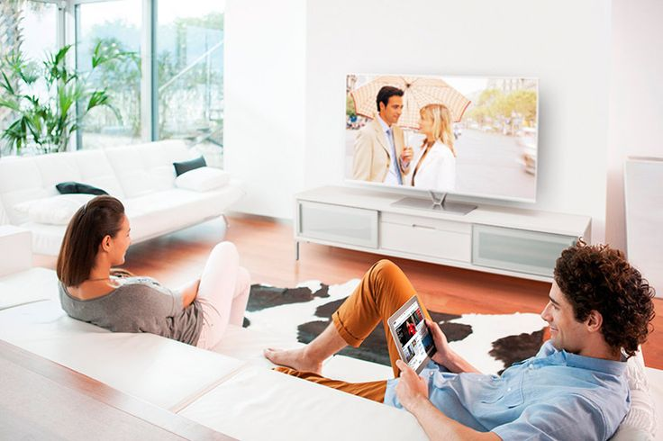 Muchas veces te habrás preguntado como ahorrar a la hora de escoger tu nueva televisión. Entra y descubre cuales son los factores en los que puedes ahorrar bastante dinero cuando compras un televisor. http://goo.gl/FHSHWW