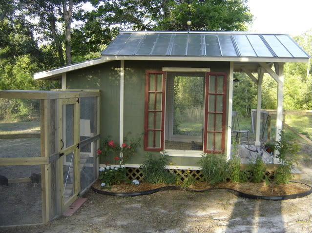 Love this one, although it's a coop for a warm climate: Cottages Coops, Window Shutters, Chickeni Things, Recycled Window, Homesteads Chicken, Cute Chicken Coops, Coopdelisl Chicken, Chicken Houses, Coops Ideas