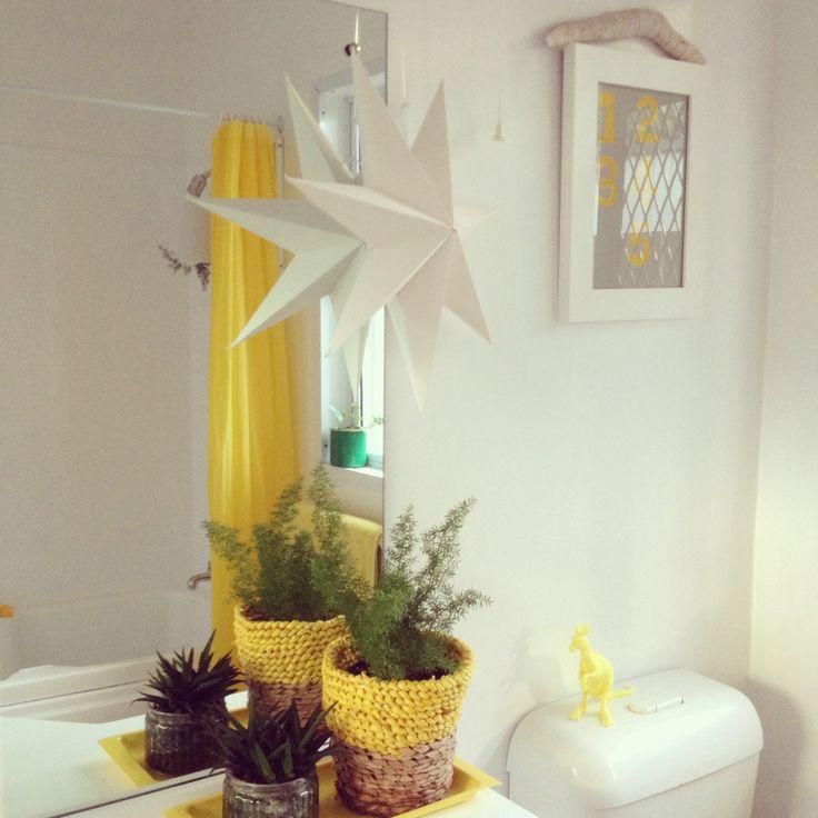 #bathroom #yellow #stars #bathroomstyling #simplebathroom #boomerang #bathroomplants