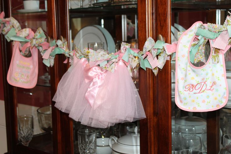 Tutu Baby Garland #baby#shower cute to hang over Jill's fireplaceShower Ideas, Baby Girls Shower, Shower Cake, Tutu Baby, Shabby Chic Baby, Babygirl Shower, Baby Girl Shower, Baby Garlands, Baby Shower