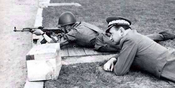 Gen. Jaruzelski during military training
