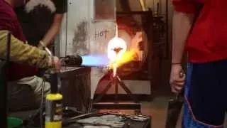 [VIDEO] Glassblowing class at Western Washington University in Bellingham, WA. #WWU #glassblowing #art
