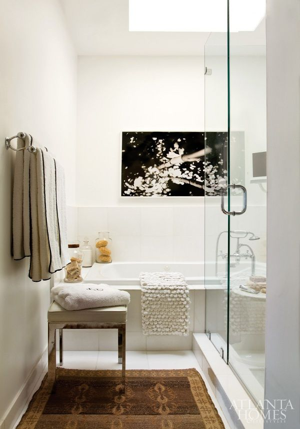 The rug makes this white bath room.: Interior, Atlanta Homes, Bathroom Inspiration, Lifestyle, Bathroom Ideas, White Bathroom, Beautiful Bathrooms