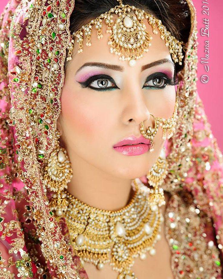 Sabeir Necklace Set by indiatrendshop.com