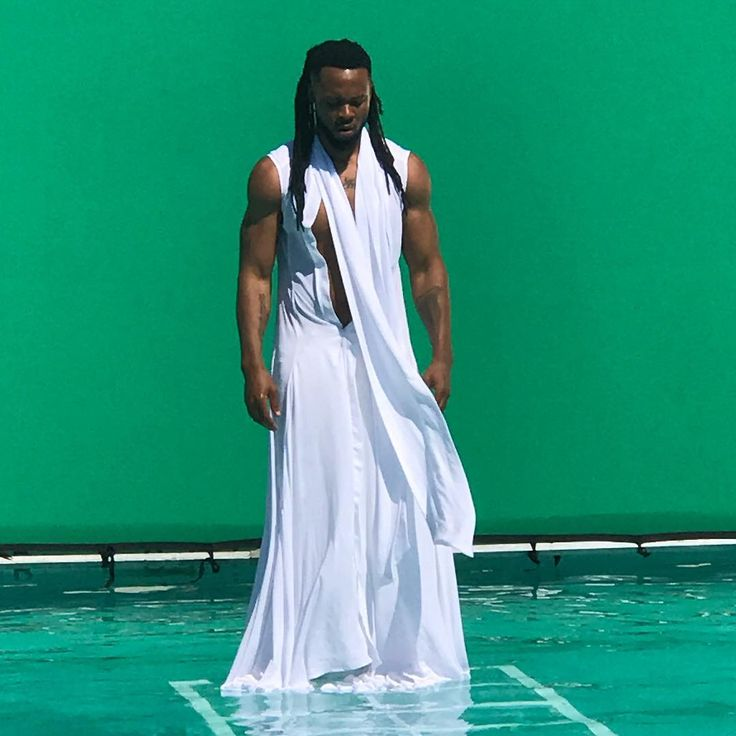 Singer Flavour is thankful as he celebrates birthday today (photo) http://ift.tt/2jSdTnx