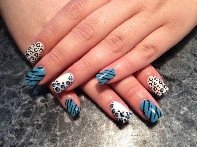 nageldesign motive sommer animalprints blau weiß schwarz