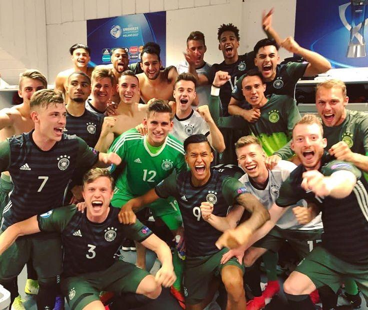 Congrats to @sergegnabry and Germany on reaching the #u21euro final! 🇩🇪👏 #final #squad #germany #diemannschaft #u21 (📸 @dfb_junioren)