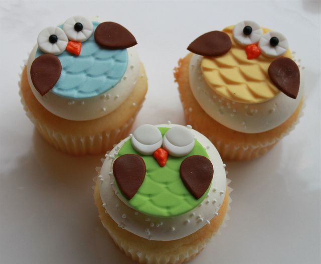 owl cupcakes for baby shower!!