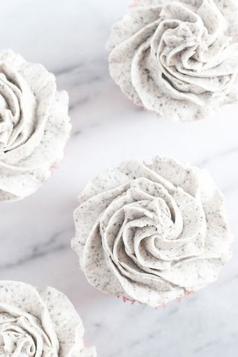 Bakery Style Buttercream Frosting With Butter, Vegetable Shortening, Powdered Sugar, Salt, Milk, Corn Syrup, Vanilla Extract