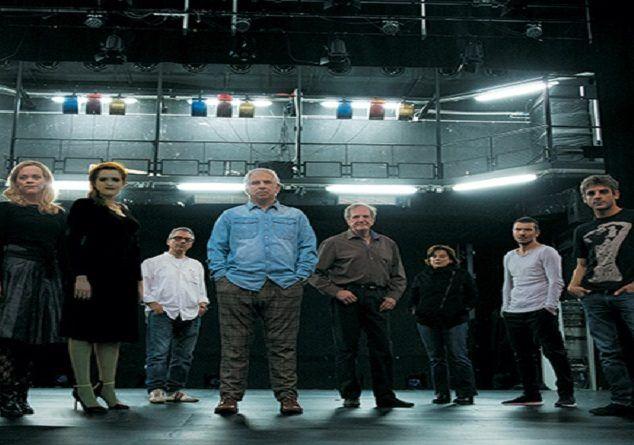 """""""Ο Ηλίθιος"""" του Ντοστογιέφκσι στο Δημοτικό Θέατρο Πειραιά Μία ιερή παραβολή για το καλό...."""