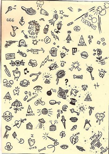Tattoo – small skull, flash by Sue