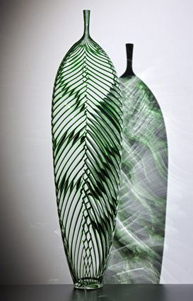 Just goes to show, you have to place a work of art in just the right place to get the best effect...♥...Dante Marioni, blown glass vase
