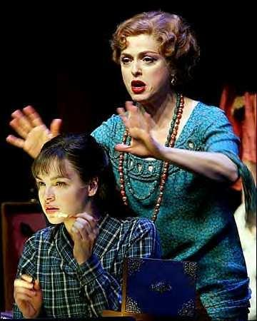 Madame Rose - bernadette-peters-gypsy