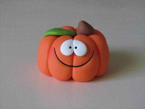 RESERVED Polymer Clay Halloween Pumpkin por ClayPeeps en Etsy