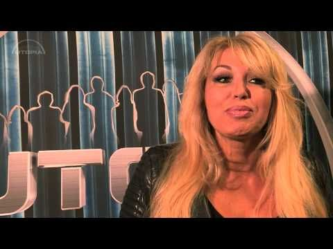 UTOPIA (NL) 2015 - EXCLUSIEF | Interview Patricia Paay - YouTube