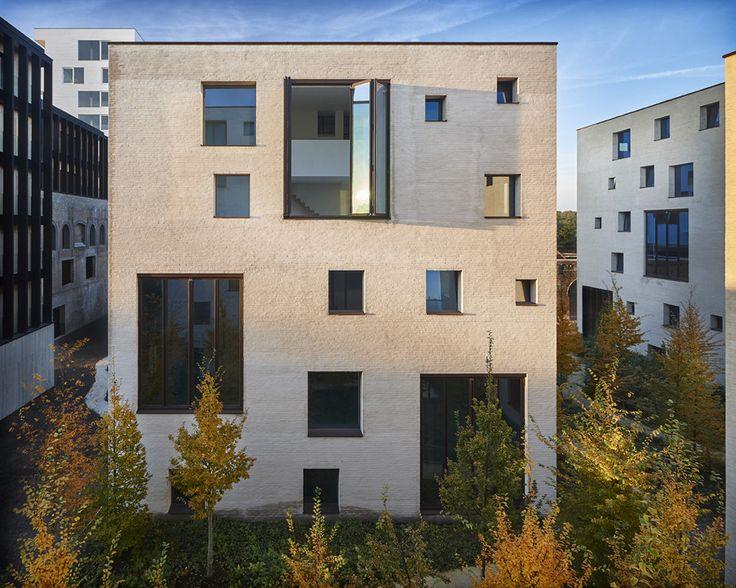 Kanaal wijnegem project antwerpen architecten bogdan for Design hotel quartier 65 mainz