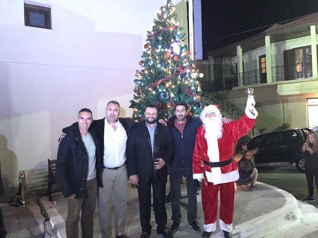Ο Δήμος Σαρωνικού υποδέχεται τα Χριστούγεννα - Όλος ο Δήμος μια παρέα