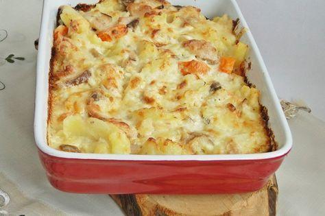 Zöldséges csirkés egytálétel – füstölt sajttal, zseniális íze van és hamar összedobható!