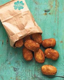 "St. Patrick's Day sweet ""potatoes"" recipePotatoes Recipe, Saint Patricks Day, Stpatricksday, Irish Potatoes, Sweet Potato Recipes, St Patricks Day, Martha Stewart, Cream Cheeses, Sweets Potatoes"