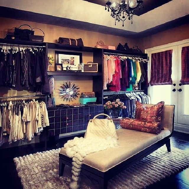 5 Links for Turning a Room into a Dream Closet. I will do this some day: