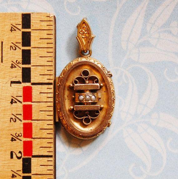 Victoriano antiguo relicario etrusco diseño oro por FeraliaVintage