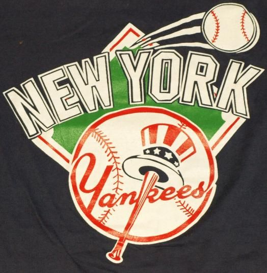 Vintage New York Yankees logo t-shirt. shirt is in excellent condition.