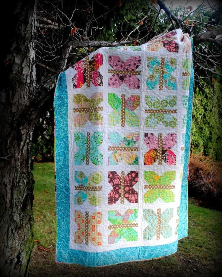 Butterfly quilt for my sister. You can find the pattern at: http://www.craftsy.com/project/view/painted-ladies/124411?ext=pin-share